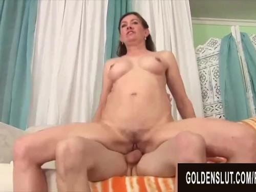 Small-Tits