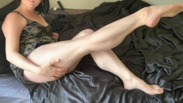 I love when you jerk for my calves Cum Countdown calf muscle fetish barefoot joi