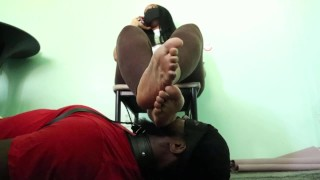 Preview-Bougie Goddess' slave foot stool disciplined with heel in mouth-foot gagging
