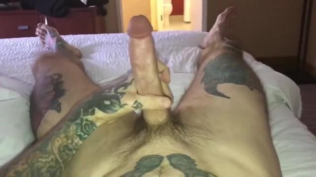 Big Cock Jerking Off Solo