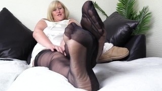 Mature Step Mom, Fully Fashioned Foot Fetish Heaven.