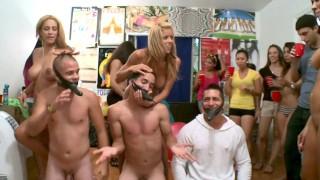 BANGBROS - Pornstars Rachel Starr, Alexis Fawx & Jamie Valentine Invade College Dorm