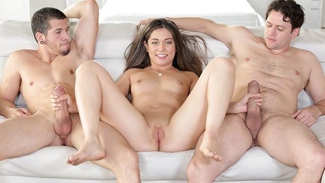 Pics threesome Dirty Threesome