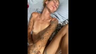 Make pussy cum