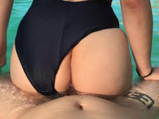 Horny girl begs for dick in the pool