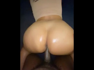 Oily heaven (full session w/ cumshot on onlyfans)