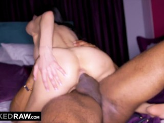 BLACKEDRAW BBC-thirsty hottie hooks up with stranger