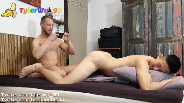 German daddy shave an asian boy's ass before fucking (Tyler Wu)