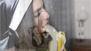 Banana Sucking