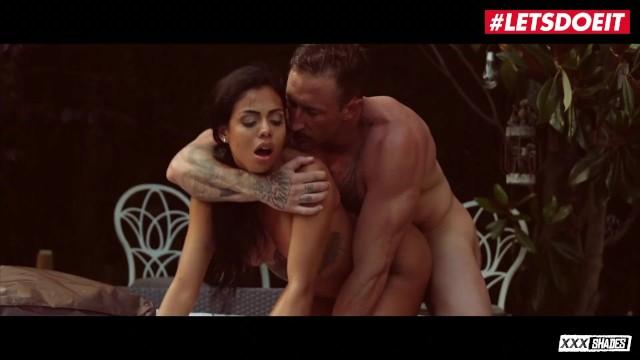 XXXShades – Canela Skin Big Tits Latina Colombiana Outdoor Fuck By The Pool