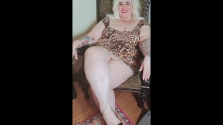 Your slutty BBW neighbor comes over and seduces you! JOI/BELLY-TITTY-PLAY/WETPUSSY/SEDUCTION/CUM