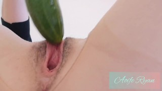 Aoife Ryan plays with Cucumber. Massive Pussy Farts