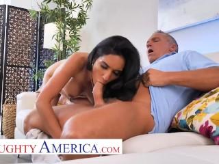 Naughty America - Tia Cyrus fucks with her big tits