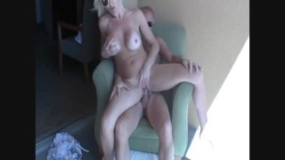Cougar Christie's Deep throat and fuck on a Vegas balcony.