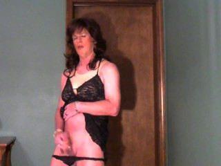 CD Courtney jerks off and cums