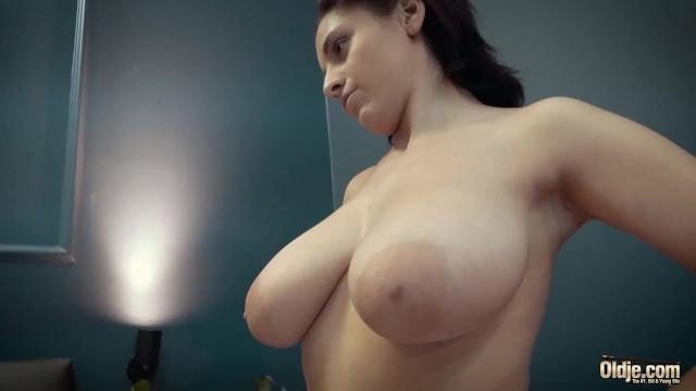 All Natural Big Tits Teen