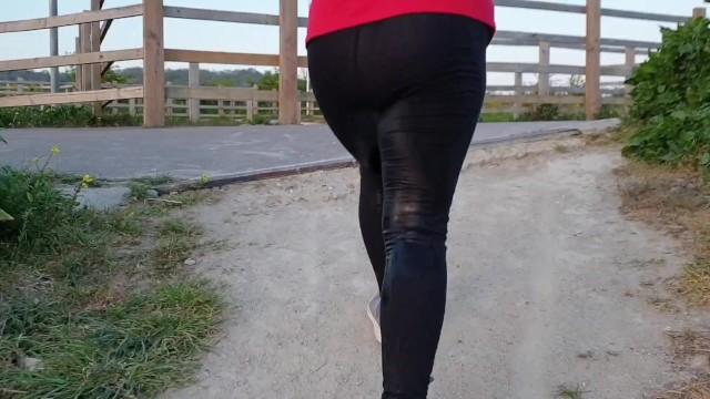 Girl Pissing Leggings Public