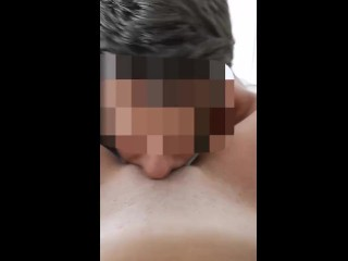 Il mio ragazzo mi lecca la figa fino all'orgasmo POV. Amatoriale italiano leccata di figa