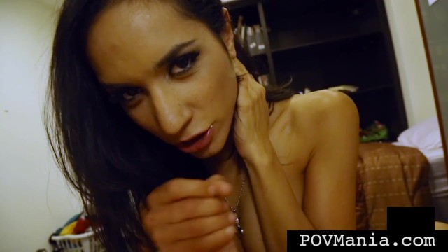 Beauty Tia Cyrus Face Fucks Hard Cock Miles Long!