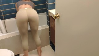 Quick sex with hotwife while she is cleaning the house