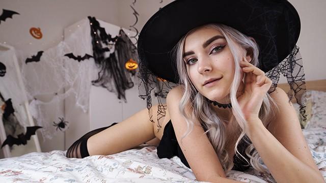 Cute horny witch gets facial and swallows cum - Eva Elfie