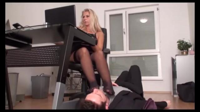 foot girls enjoy feet fetish sex