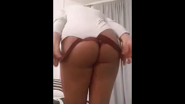 Thick Latina Masturbate Squirt