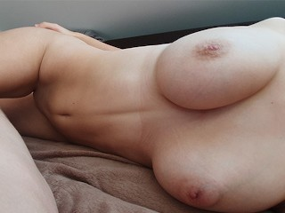 Lazy Morning with 18 YO Ends with Creampie - SexHeroine