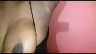 Sri Lankan Girl Showing her Armpits - කිහිල්ල ඉඹින්න ආසද