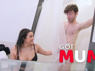 Got Mum - Sneaky Milf Fuck Her New Roomate