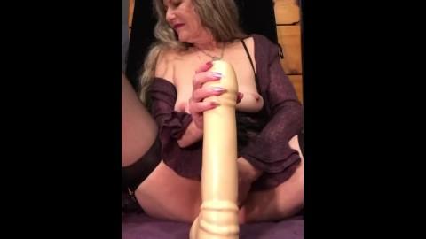 Granny fingers her pussy close up Granny Dildo Porn Videos Pornhub Com