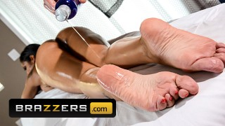 Brazzers - Busty Latina Havana Ginger Is So Thirsty For That Big Cock's Cum
