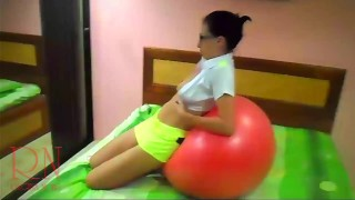 naked yoga pussy show touch young pussy gymnactic ball young cutie doing yoga on her bed. naked gym – teen porn