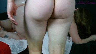 stepmom wants ass massage, I take this opportunity to fuck her big booty!