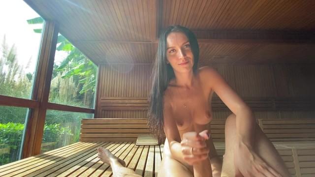 หนังอิโรติกฝรั่ง นอกสถานที่กับแฟนควยใหญ่ คู่รักบุกป่าอเมซอน เย็ดในบ้านไม้ทรงกระต๊อบ บรรยากาศบ้านๆแต่เงียบสงบ มีแต่เสียงเย็ดดังแจ๊ะ ครางเสียวหี xxxx