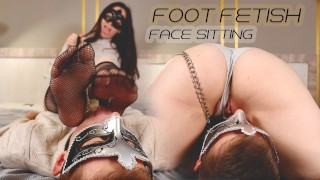 I washed my legs with a cuckold tongue and sweetly sat on his face