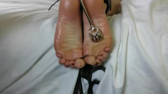 Lesbian Tied Up Feet Worship