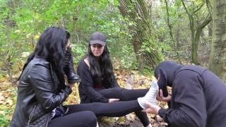 2 german brat girls train their slave outdoor fot feet smelling