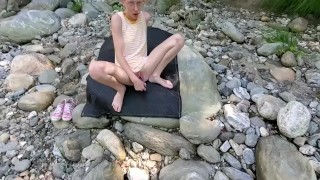 Beautiful OnlyFans Teen Sarah Evans Fucks a Blue Dildo at Public River. Cum Follow Me on Twitter