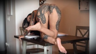 Distracted Sinful Studies with the Slutty Petite Horny Darcy Diamond