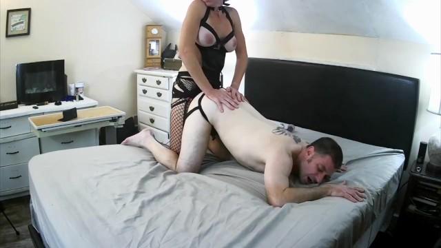 Husband Lets Friends Fuck Wife