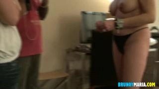 Bruno y Maria te ofrecemos 1 HORA DE LO QUE PASO EN LA QUEDADA DOOGING Y LA ORGÍA EN EL HOTEL