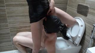 Pee Slave