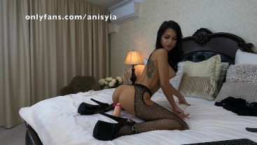 anisyia is the best you have never had - 4k video