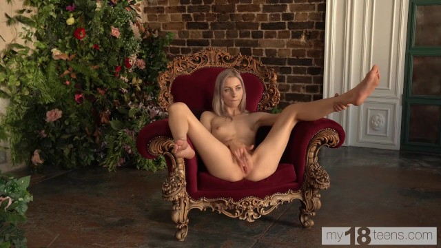MY18TEENS - Petite Carolina Sun playing with her pussy