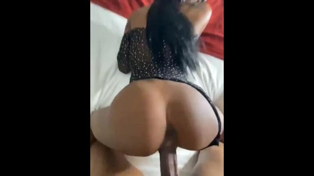Ebony Phat Creamy Pussy