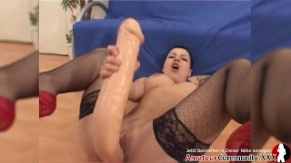 Stretching: Filthy Nina gets a dildo DP and a foot up her cunt!! AMATEURCOMMUNITY.XXX