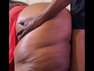 BLACK BBW FUCKS A BIG DICK DOGGYSTYLE (Ebony BBW Fucks BBC) @1macmillion