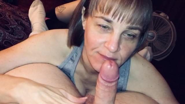 asian girl sucking dick