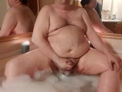 Bath time jerking